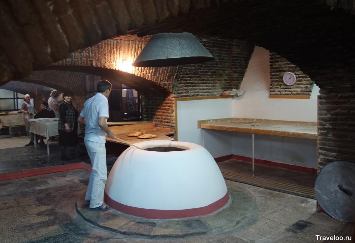 старинная пекарня в Тбилиси